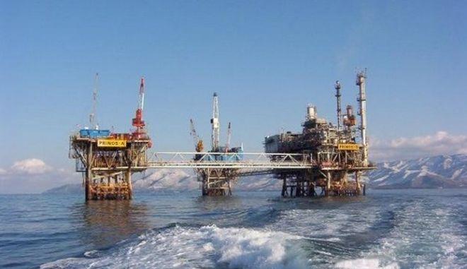 Πώς κλείστηκε το deal ΥΠΕΚΑ - BP για τα κοιτάσματα πετρελαίου του Πρίνου