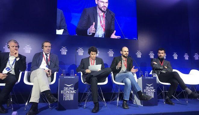 Ανάπτυξη και Ανισότητες: Στρογγυλό τραπέζι του ΕΝΑ στο Οικονομικό Φόρουμ των Δελφών