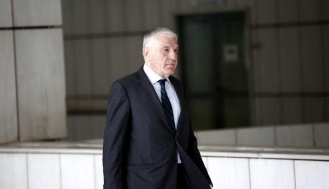 Δίκη του Άκη Τσοχατζόπουλου για τα εξοπλιστικά την Τετάρτη 20 Μαΐου 2015. Οι Γιάννος Παπαντωνίου(φωτό) και Βάσω Παπανδρέου κατέθεσαν στο δικαστήριο, καθώς ήταν μέλη του ΚΥΣΕΑ της περιόδου 1998-1999, και κλητεύτηκαν μετά από το αίτημα του Άκη Τσοχατζόπουλου που δικάζεται σε δεύτερο βαθμό για ξέπλυμα βρόμικου χρήματος από μίζες εξοπλιστικών προγραμμάτων, αδίκημα για το οποίο το πρωτοβάθμιο δικαστήριο του επέβαλε την ανώτατη ποινή κάθειρξης 20 ετών. (EUROKINISSI/ΣΤΕΛΙΟΣ ΜΙΣΙΝΑΣ)