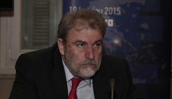 """Ημερίδα με θέμα """"Μεταναστευτική Πολιτική της Ε.Ε.: Προκλήσεις και Προοπτικές"""" που διοργάνωσε το γραφείο του Ευρωπαϊκού Κοινοβουλίου στην Αθήνα την Παρασκευή 19 Ιουνίου 2015, με κεντρικό ομιλητή τον Επίτροπο Μετανάστευσης, Εσωτερικών Υποθέσεων και Ιθαγένειας της Ευρωπαϊκής Ένωσης, Δημήτρη Αβραμόπουλο. ενώ συμμετείχε ως ομιλήτρια και η Αναπληρωτής Υπουργός Μεταναστευτικής Πολιτικής, Αναστασία Χριστοδουλοπούλου. (EUROKINISSI/ΣΤΕΛΙΟΣ ΣΤΕΦΑΝΟΥ)"""