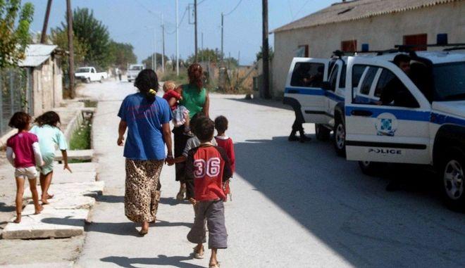 Άμφισσα: Σήμερα η κηδεία της 13χρονης - Για ρατσισμό μιλάνε οι Ρομά