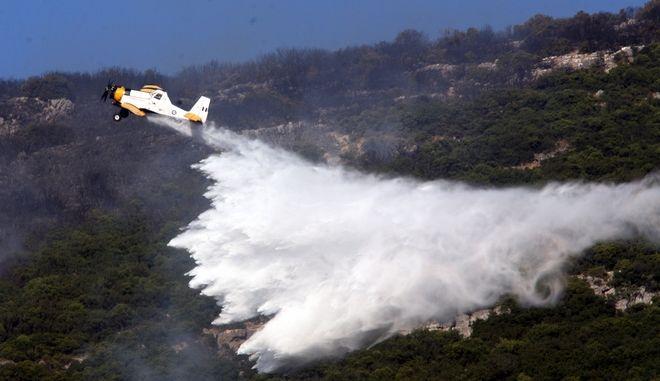 Αεροσκάφος Πεζετέλ σε φωτιά