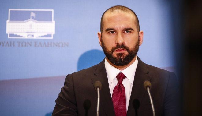 Τζανακόπουλος: Η πρακτική της 'βαλίτσας' δεν αφορούσε μόνο τη μνημονιακή Ελλάδα