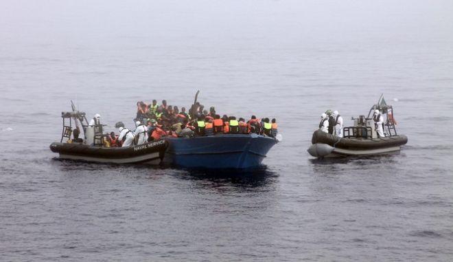 Ναυάγιο μεταναστών ανοιχτά της Λιβύης