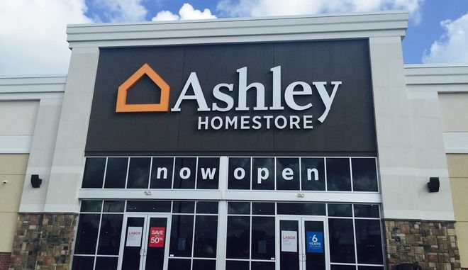 Κατάστημα της Ashley Homestore.