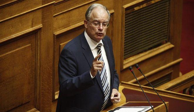 Ο Κωνσταντίνος Τασούλας στο βήμα της Βουλής
