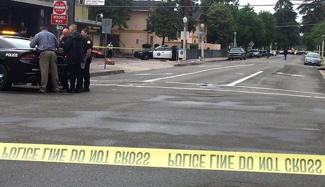 Μακελειό στην Καλιφόρνια: Νεκροί και τραυματίες από πυροβολισμούς σε σπίτι