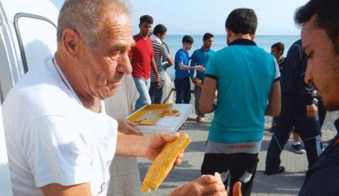 Ο πολιτικός κόσμος αποχαιρετά τον ήρωα φούρναρη της Κω, Διονύση Αρβανιτάκη