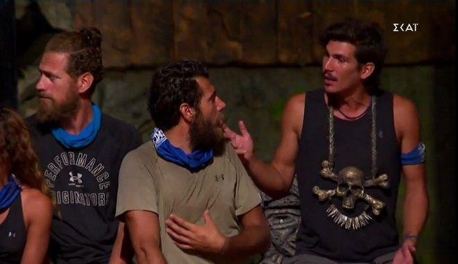 """Συμβούλιο του νησιού στο """"Survivor 4"""""""