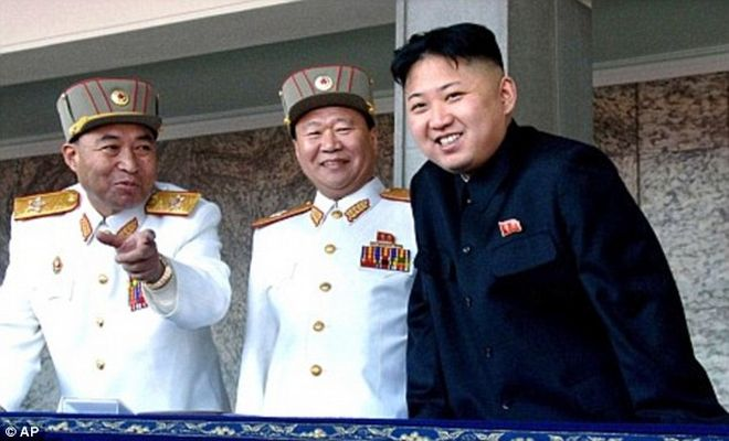 Τι έκανε ο Κιμ Γιονγκ Ουν τους συνεργάτες του πατέρα του; Εκτελέσεις, εξαφανίσεις, εξορία