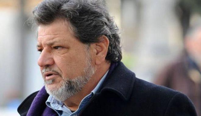 Παρτσαλάκης: Έφυγαν τα σκουπίδια από την τηλεόραση. Δεν χωράνε όλοι