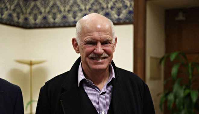 Meeting between the the president PASOK, Fofi Gennimat, the leader of Democrats Socialists Movement (KIDISO) George Papandreou, the President of the Democratic Left Thanasis Theoharopoulos and the representative of the Citizens Movement for Social Democracy John Tounta in Athens on Jan. 17, 2017 /        ,        ,                     ,  17 , 2017