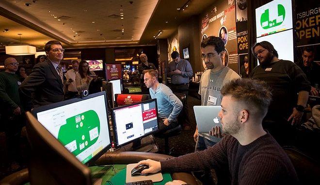 Πρόγραμμα Τεχνητής Νοημοσύνης 'διαλύει' τους καλύτερους παίκτες πόκερ στον κόσμο