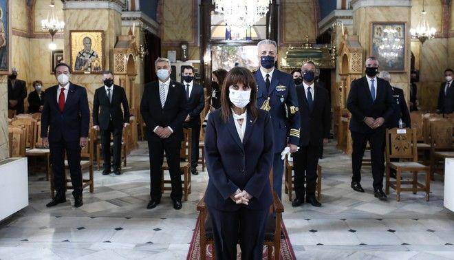 Η ΠτΔ Κ. Σακελλαροπούλου παρέστη στις επετειακές εκδηλώσεις για την απελευθέρωση του Κάστρου των Σαλώνων, στην Άμφισσα.