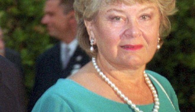 Δίκη Τσοχατζόπουλου: Ενώπιον των ελβετικών Αρχών η νυν και η πρώην σύζυγος του πρώην υπουργού