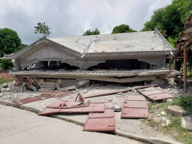 Εικόνα καταστροφής από τον πρόσφατο σεισμό στην Αϊτή