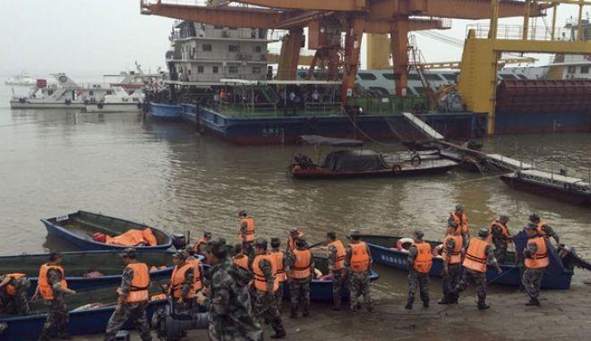 Κίνα: Σε 431 αυξήθηκε ο αριθμός των νεκρών από το ναυάγιο