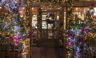Πόσο ρεύμα ξοδεύεις μόνο για τα χριστουγεννιάτικα φωτάκια