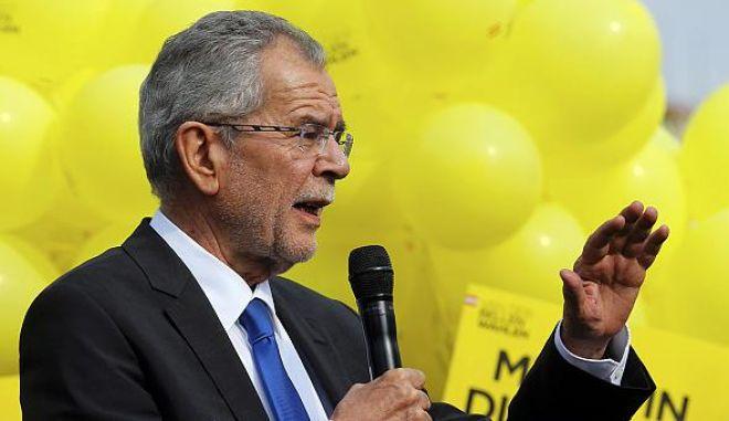 Όλα ανοιχτά στις εκλογές της Αυστρίας. Συνεχίζεται το θρίλερ