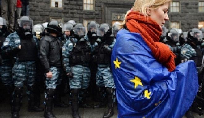 O Τζορτζ Κλούνεϊ στέλνει μήνυμα αλληλεγγύης στον ουκρανικό λαό