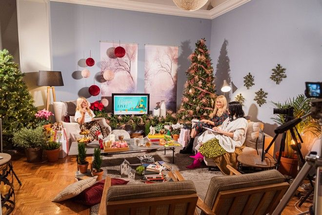 Ladylike Christmas live event: Το φετινό μας χριστουγεννιάτικο party το περάσαμε μαζί σας, όλοι από το σπίτι μας