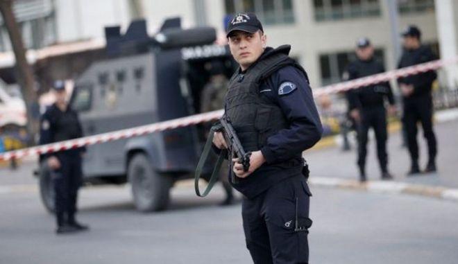Οι τουρκικές δυνάμεις ασφαλείας συνέλαβαν επίδοξους βομβιστές που ετοίμαζαν επίθεση κατά του Ερντογάν