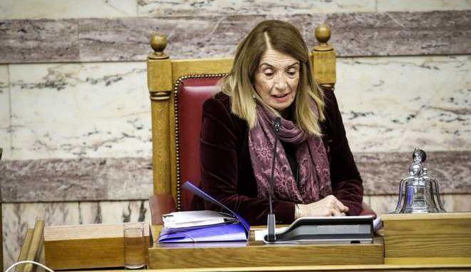 Συζήτηση και λήψη απόφασης για τη σύσταση Ειδικής Κοινοβουλευτικής Επιτροπής για τη διενέργεια προκαταρκτικής εξέτασης,για την ενδεχόμενη τέλεση των αδικημάτων της δωροληψίας και δωροδοκίας και της νομιμοποίησης εσόδων από εγκληματική δραστηριότητα, σύμφωνα με τα διαλαμβανόμενα στην πρόταση, από τους :1) Αντώνιο Σαμαρά, 2) Παναγιώτη Πικραμμένο, 3) Δημήτριο Αβραμόπουλο, 4) Ανδρέα Λοβέρδο, 5) Ανδρέα Λυκουρέντζο, 6) Μάριο Σαλμά, 7) Σπυρίδωνα - Άδωνι  Γεωργιάδη, 8) Ιωάννη Στουρνάρα, 9) Ευάγγελο Βενιζέλο, 10) Γεώργιο Κουτρουμάνη. (EUROKINISSI/ ΓΙΑΝΝΗΣ ΠΑΝΑΓΟΠΟΥΛΟΣ)