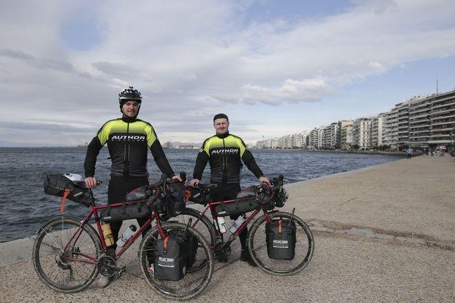 Τσέχοι ποδηλάτες με προορισμό το Τόκιο για τους Ολυμπιακούς αγώνες του 2020
