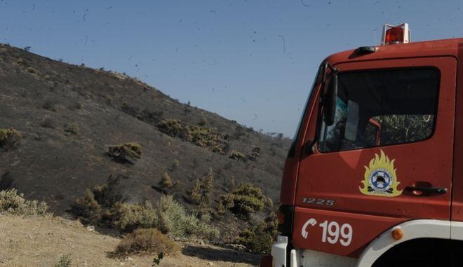 Πυροσβεστικό όχημα στην Κερατέα