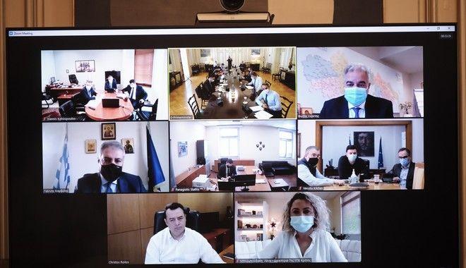 Μητσοτάκης: Όσοι γιατροί υπηρετούν με συμβάσεις ορισμένου χρόνου στις ΜΕΘ θα μονιμοποιηθούν