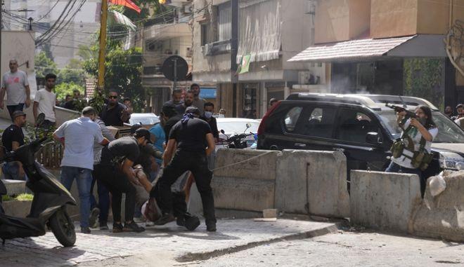 Λίβανος: Πυροβολισμοί με ένα νεκρό στη διαδηλώση της Χεζμπολά στη Βηρυτό-Συγκλονιστικό video