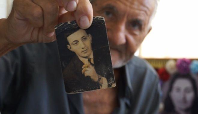 """""""Όλο γελούσε"""", μία ταινία του Θόδωρου Μαραγκού για τον ηθοποιό Κώστα Τσάκωνα"""