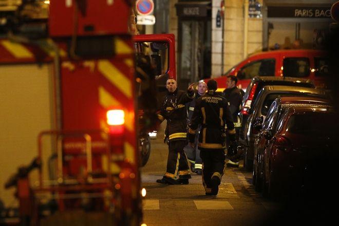 Επίθεση με μαχαίρι στο Παρίσι