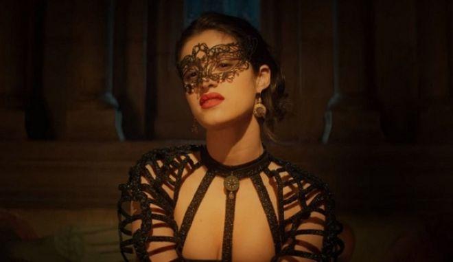 Witcher: Η σέξι μάγισσα Yennefer και οι ερωτικές σκηνές που συζητήθηκαν