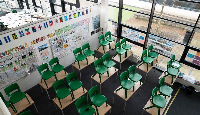 Ελβετία: Πώς μια φάρσα 3 μαθητών έβαλε σε καραντίνα ολόκληρη τάξη