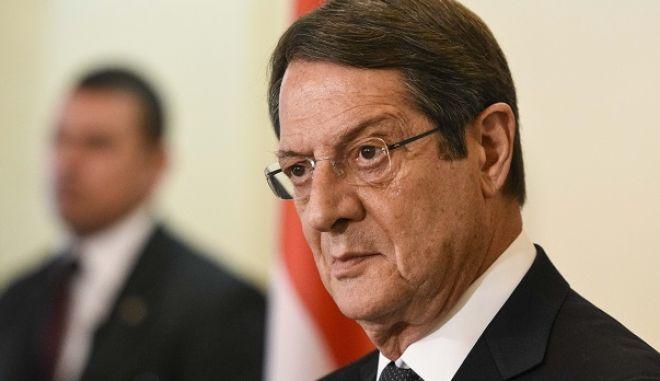 Στιγμιότυπο από την συνέντευξη τύπου του Προέδρου της Κύπρου Νίκου Αναστασιάδη, του πρωθυπουργού ΑΛέξη Τσίπρα και του Προέδρου της Αιγύπτου Α.Φ. Ελ Σισι μετα το τέλος των συνομιλιών στα πλαίσια της Τριμερούς Συνόδου Κορυφής Κύπρου, Ελλάδας και Αιγύπτου την Τετάρτη 29 Απριλίου 2015. (ΓΡ. ΤΥΠΟΥ ΠΡΩΘΥΠΟΥΡΓΟΥ/ANDREA BONETTI/EUROKINISSI)