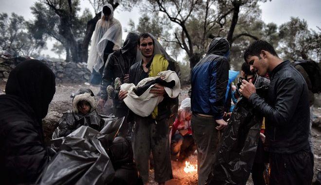 Επίθεση με μολότοφ εναντίον κέντρου υποδοχής προσφύγων στη Γερμανία