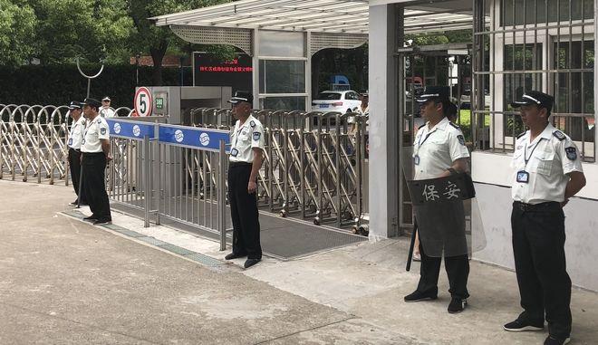 Άνδρας επιτέθηκε με μαχαίρι και σκότωσε δύο παιδιά σε δημοτικό σχολείο της Σανγκάης