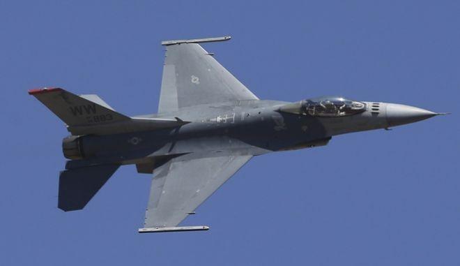 Μαχητικά αεροσκάφη F-16
