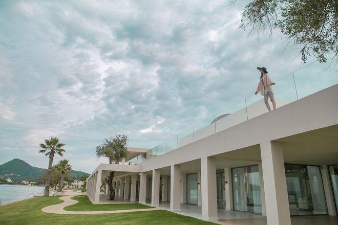 Domes Miramare: Από τον Ωνάση στην Marriott