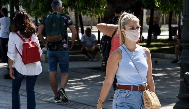 Στιγμιότυπα από την καθημερινότητα στην Αθήνα