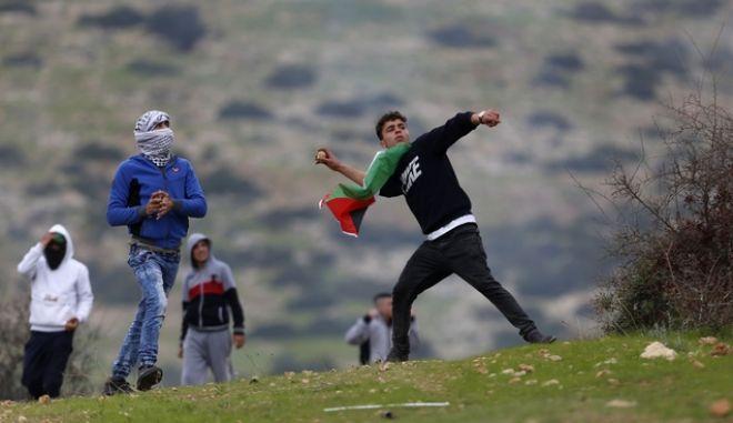 Παλαιστίνιοι στη Δυτική Όχθη (Φωτογραφία αρχείου)