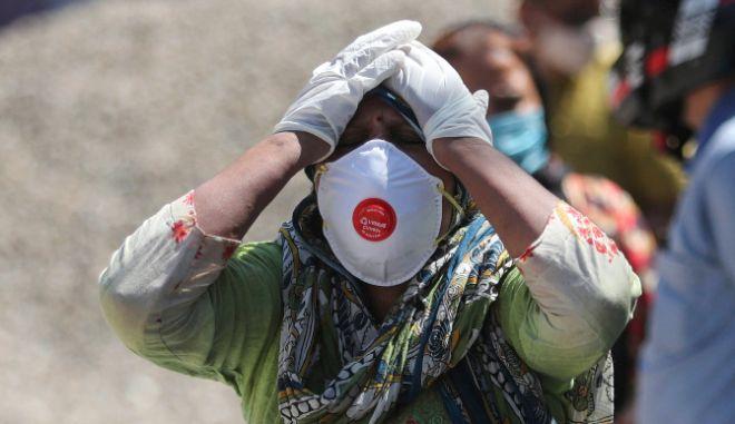 Κορονοϊός - Ινδία: Ο αριθμός των νεκρών ξεπέρασε τους 270.000