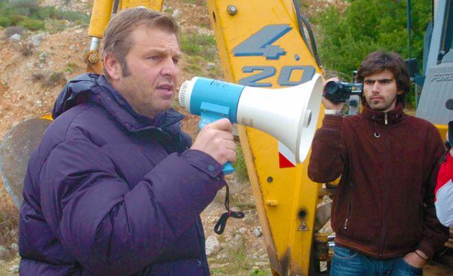 ΣΤΥΛΙΔΑ-ο δήμαρχος Στυλίδας Απ. Γκλέτσος και κάτοικοι της περιοχής στη συγκέντρωση για την λύση στο πρόβλημα διέλευσης των οχημάτων από τα διόδια της Πελασγίας.(EUROKINISSI)
