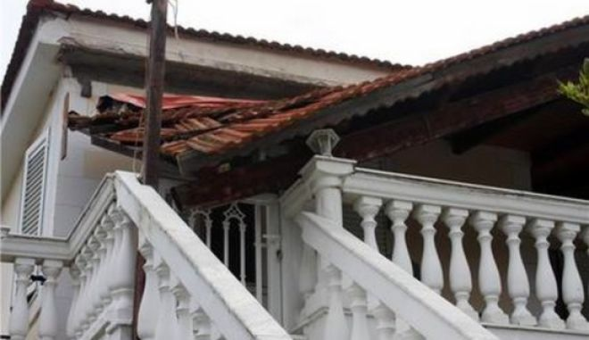Δραματικός απολογισμός μετά τον εγκέλαδο: Πάνω από 500 σπίτια ακατάλληλα στην Κεφαλλονιά