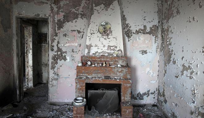 Καμένο σπίτι στο Μάτι Αττικής