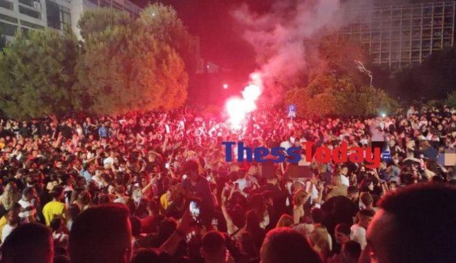 ΑΠΘ: Πάνω απο 3.000 άτομα σε κορονοπάρτι
