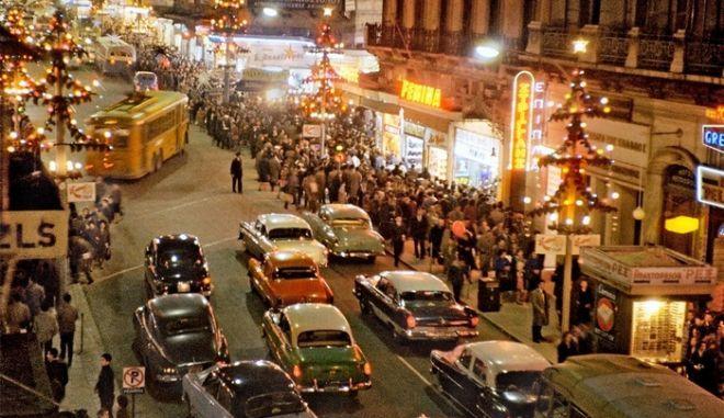 Η στολισμένη Αθήνα το 1960