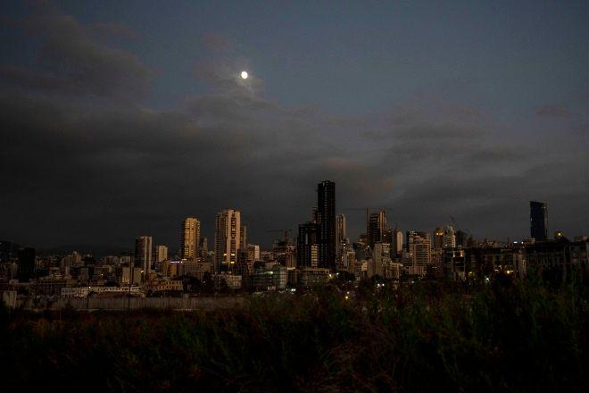 Ο Λίβανος στο σκοτάδι