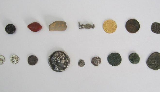 Συλλήψεις για λαθρανασκαφές σε νεκροταφεία και αρχαιολογικούς χώρους